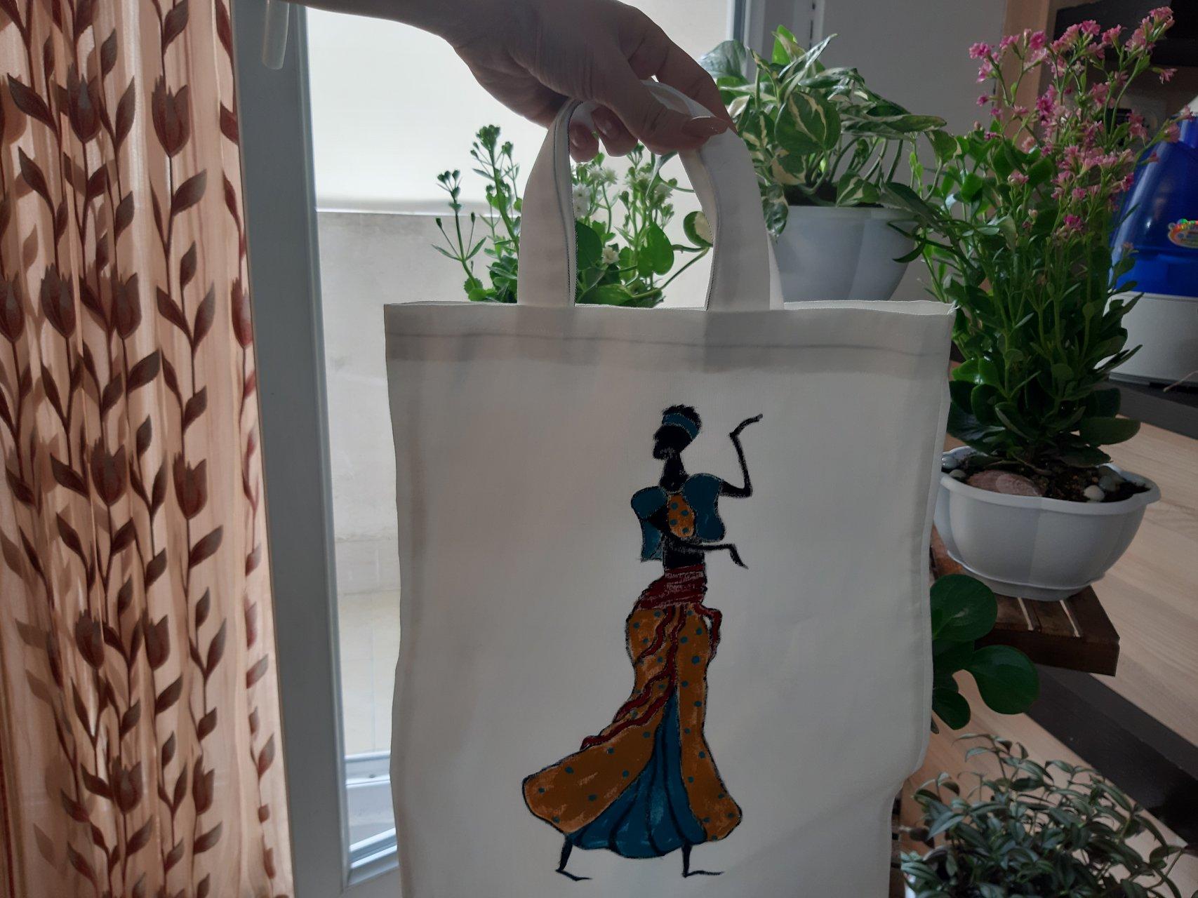 کیف دستی نقاشی شده طرح نمایش افریقایی