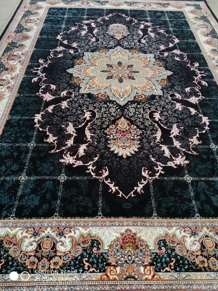 فرش نقش هیوا سرمه رنگ 700 شانه 12 متری
