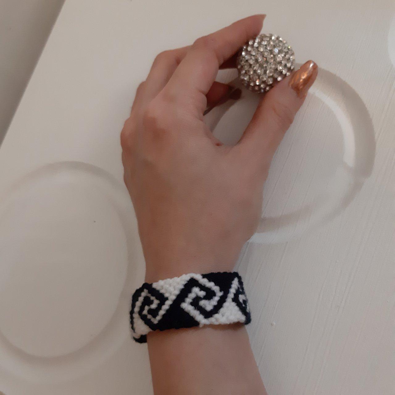 دستبند دوستی طرح ورساچه