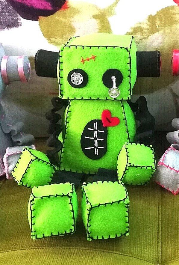 عروسک ربات فرانکشتین