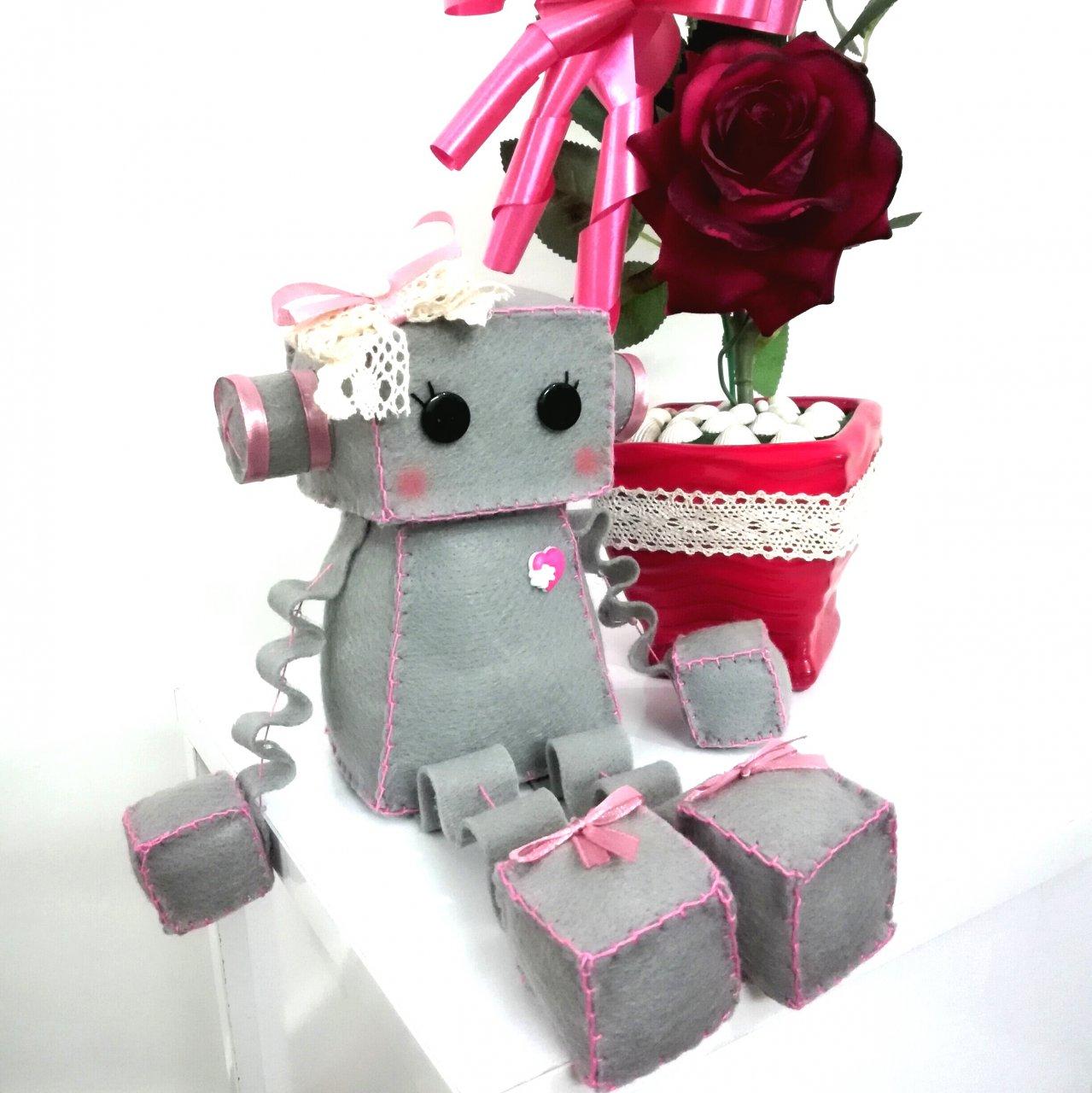 عروسک ربات دختر