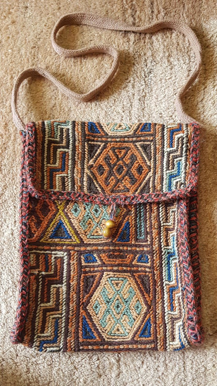 کیف قالیچه ای دست بافت