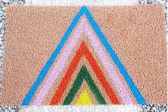 پادری طرح مثلث رنگی
