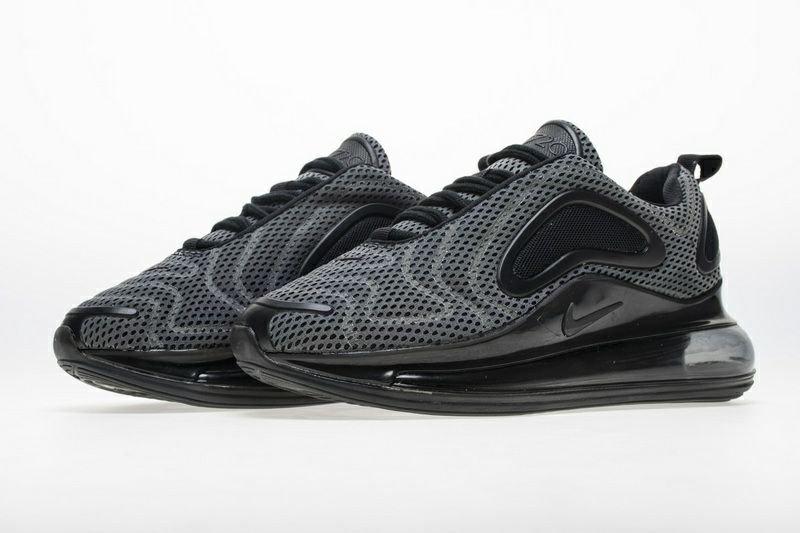 کتونی Nike 720