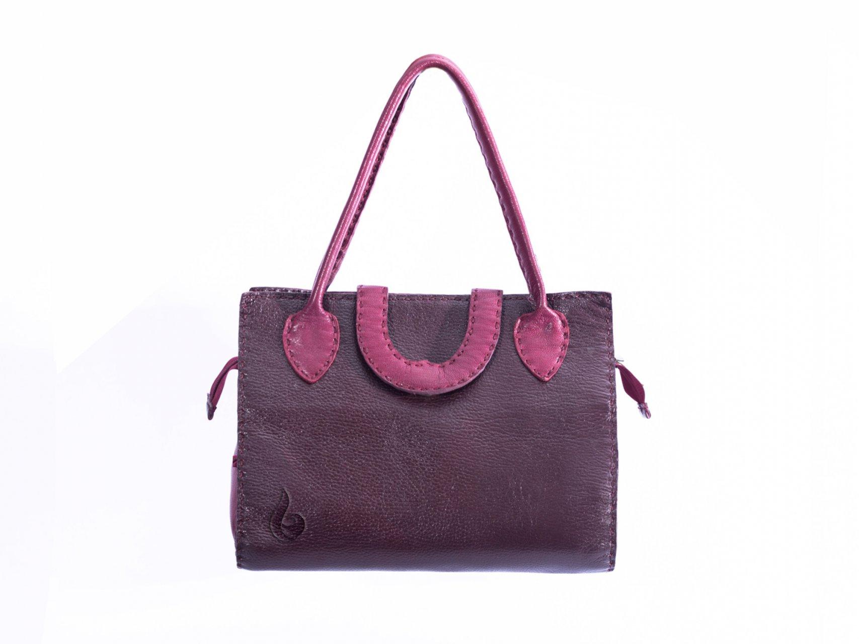 کیف صندوقی زنانه W705