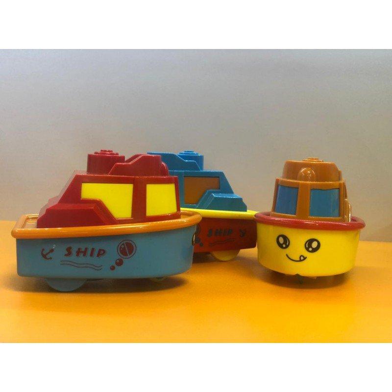 قایق اسباب بازی