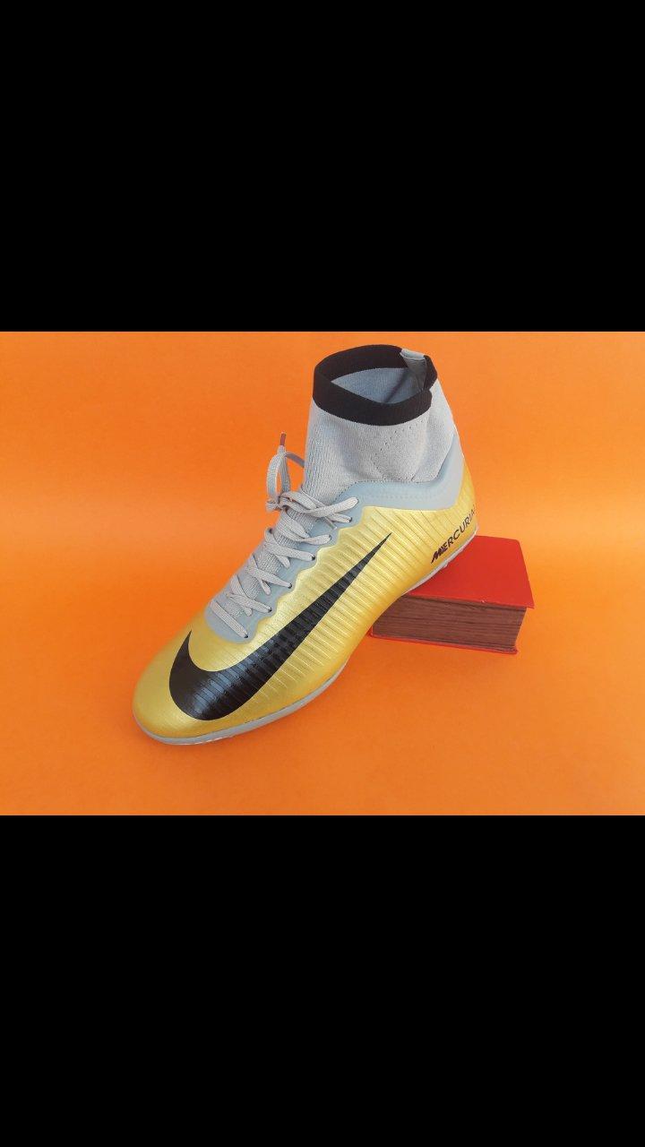 کفش چمن مصنوعی رنگ زرد CR7