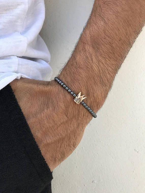 دستبند حدید با تاج نگین دار کد ۹