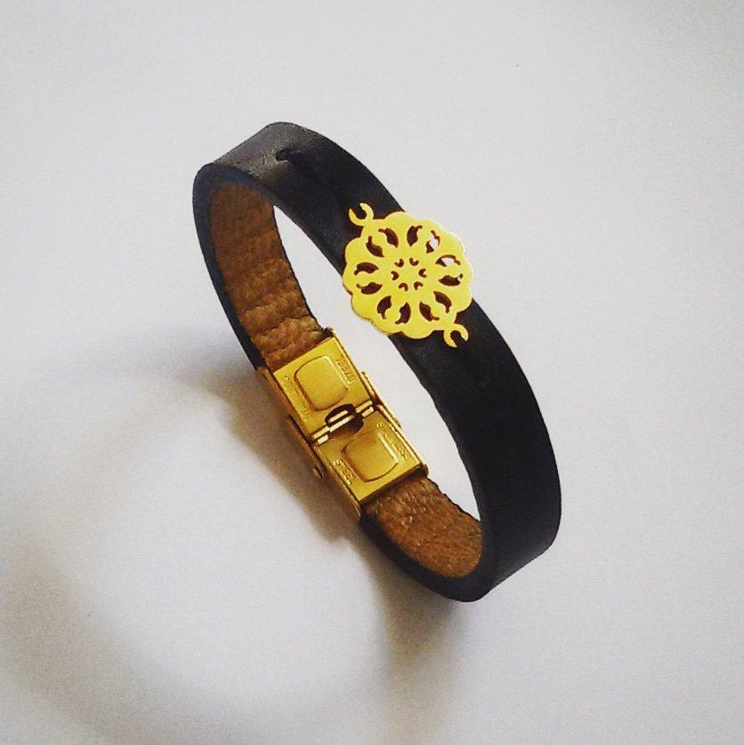 دستبند چرم طرح گل
