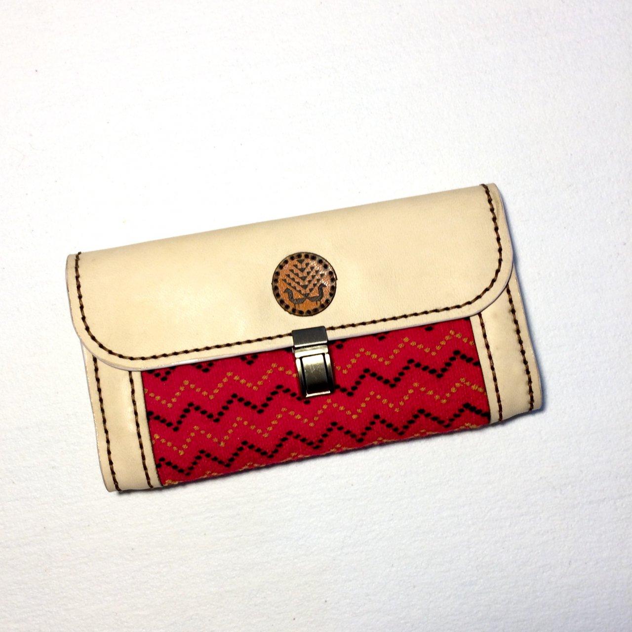 کیف پول زنانه با کد FW001