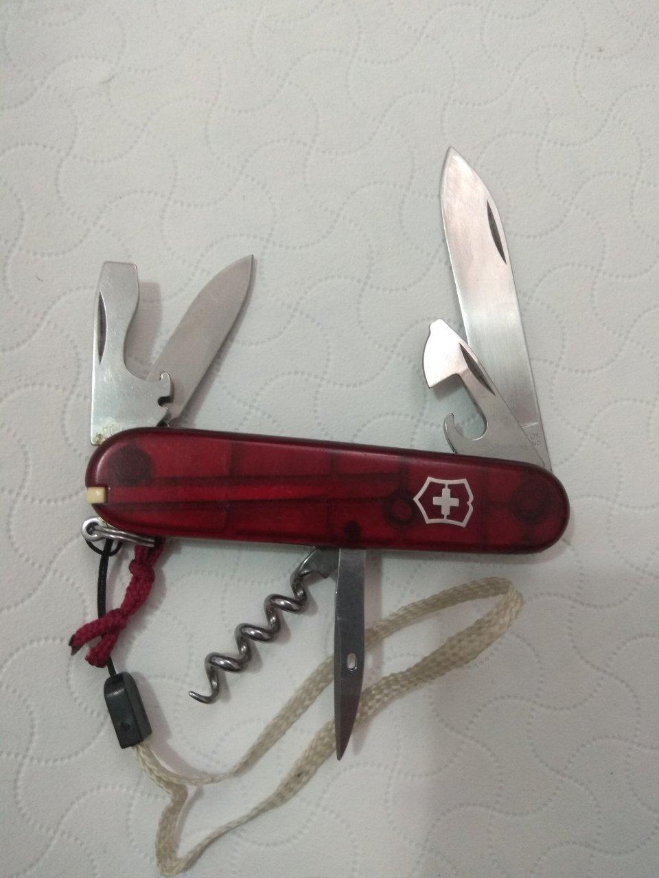 چاقوی سوئیسی شش کارە اصل