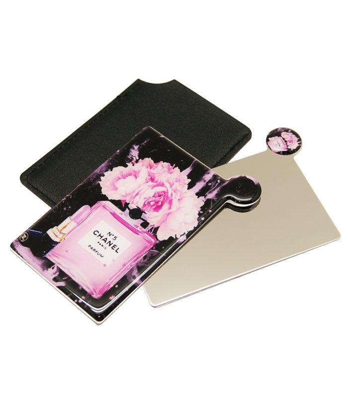 آینه نشکن لوکس به همراه کیف چرمی chanel