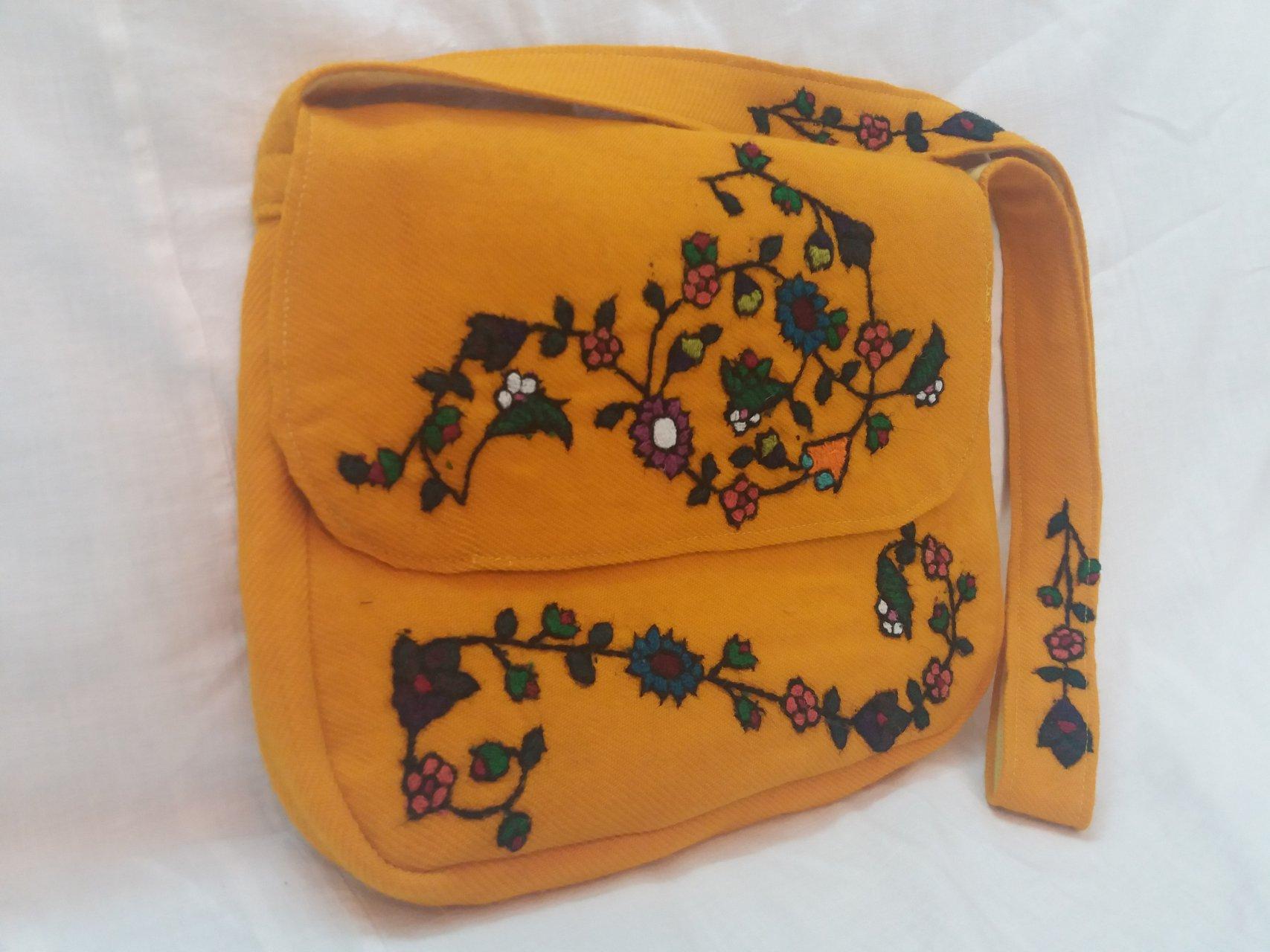 کیف زنانه رنگ زرد پته طرح بهاری