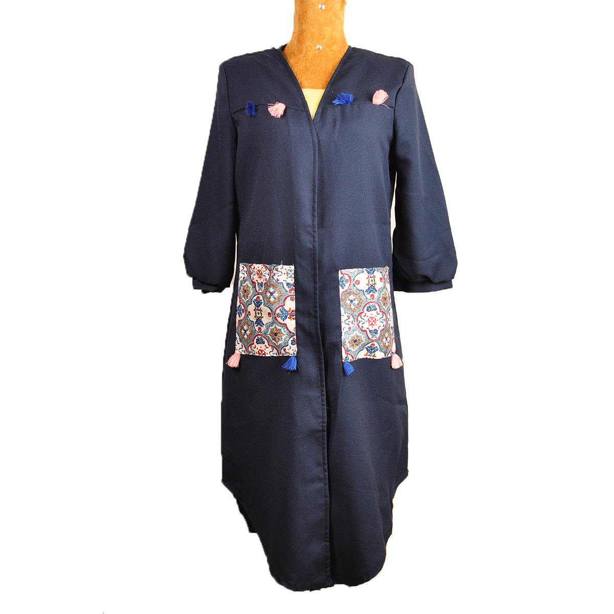 مانتو زنانه طرح سنتی کد 022