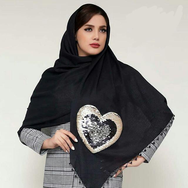 روسری استیکر طرح قلب کد 00501