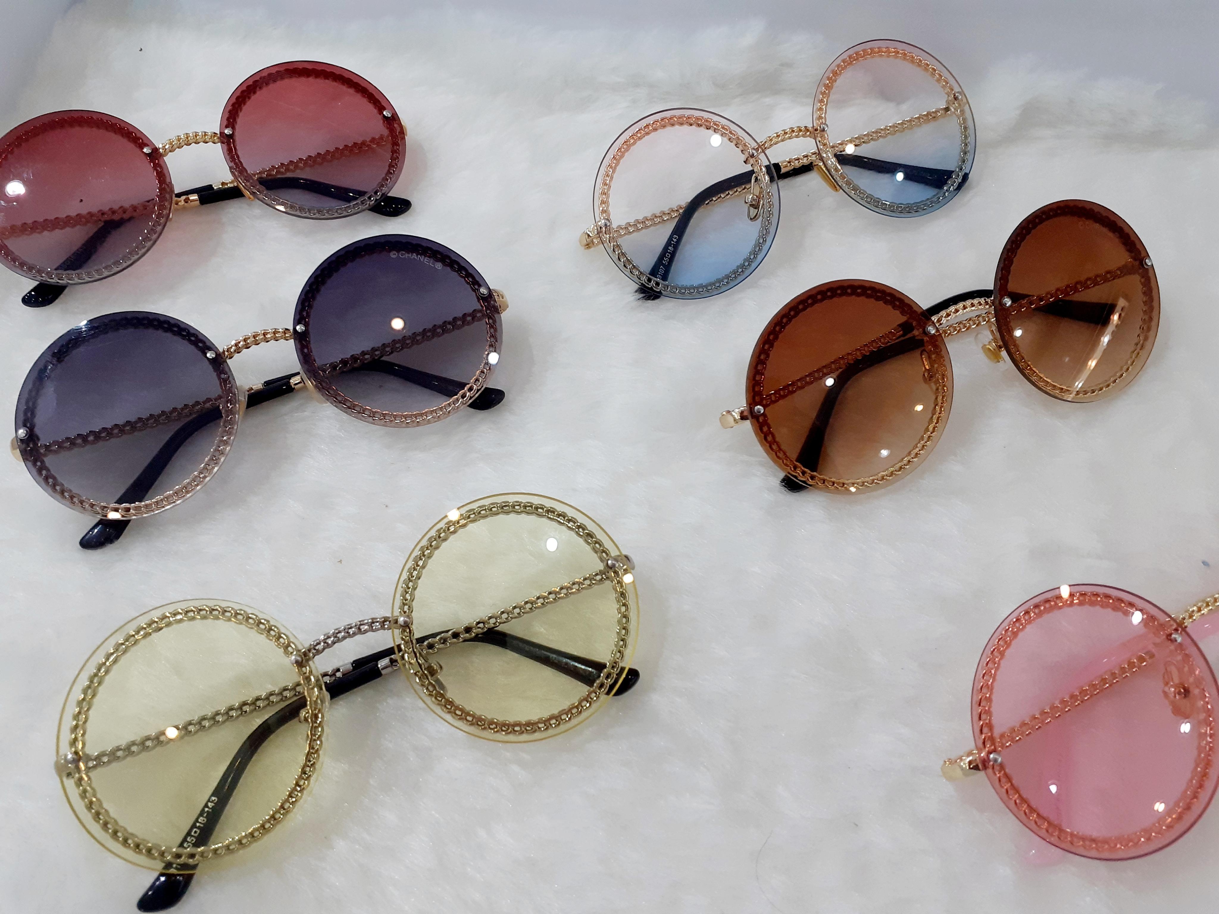 عینک آفتابی زنانه فشن با مارک شنل